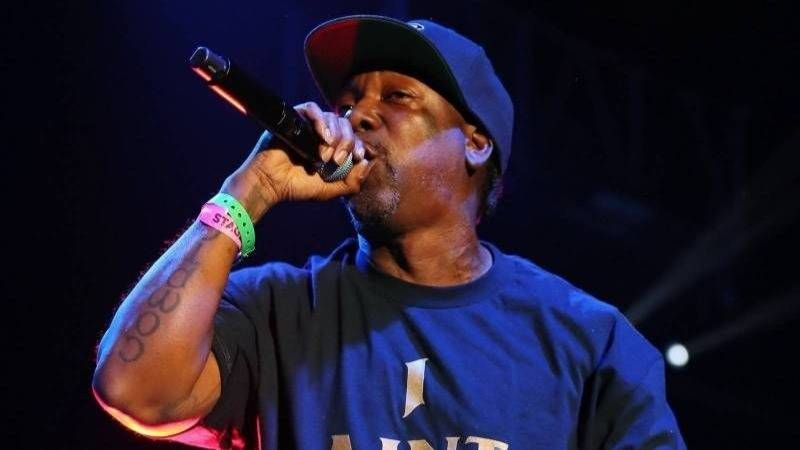 MC Eiht & Tha Chill Warn Faizon 'Big Worm' Love To 'Stay Outta Crips' Business 'Etter Dave East Kommentarer