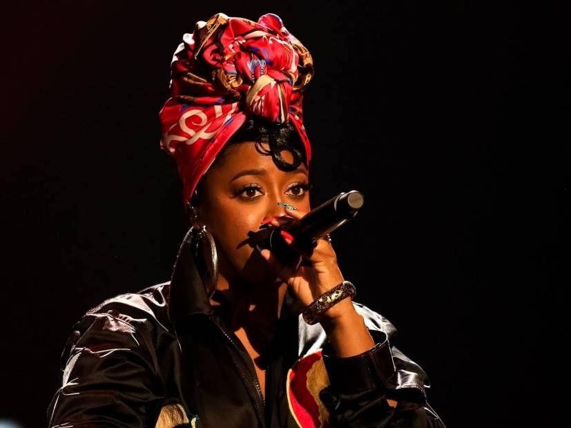 Rapsody kündigt an, dass eine schwarze Frau diese Tour erstellt hat