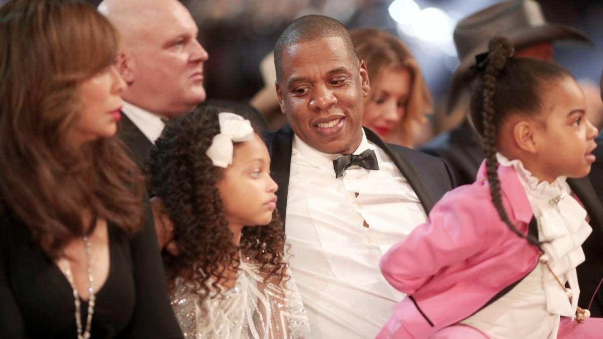 Beyonces Mutter - Frau Tina Lawson - Stifte JAY-Z Ein offener Liebesbrief inmitten der LVMH-Auszahlung