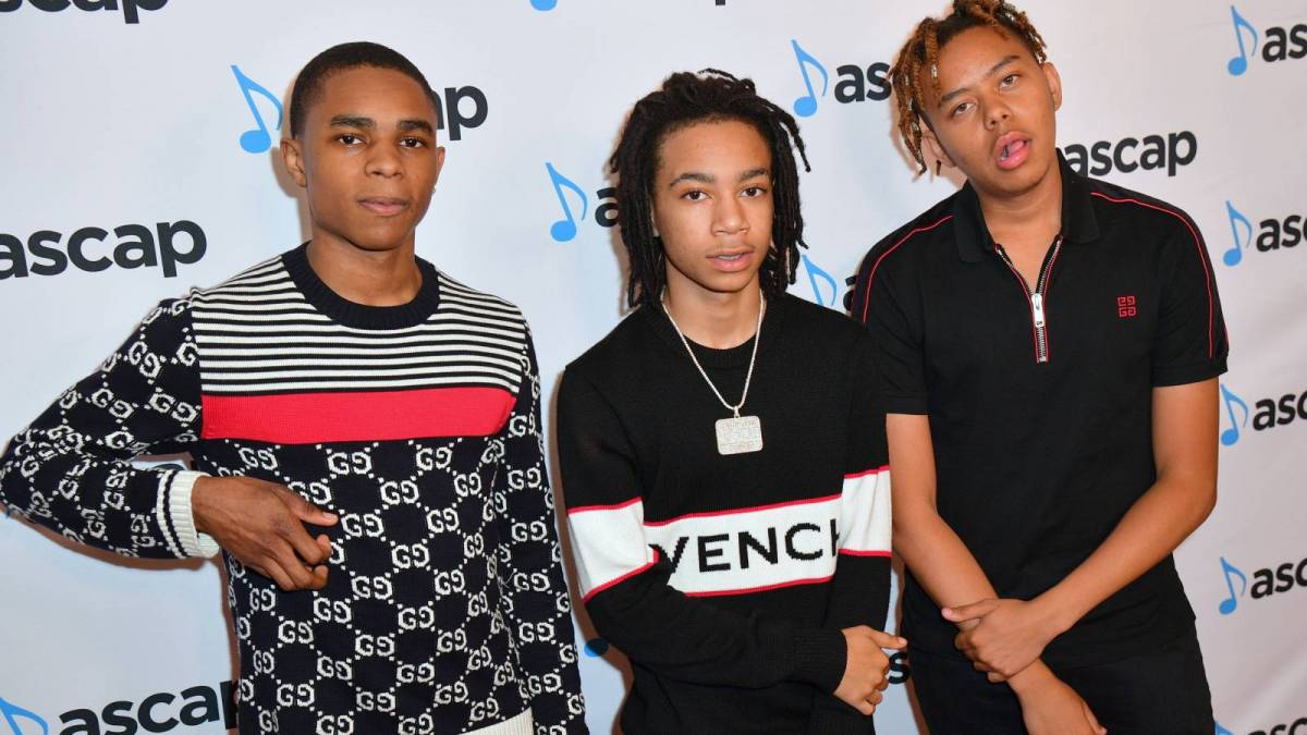 YBN Almighty Jay beskylder Cordae & Nahmir's Exit On Alleged Crooked Lawyer