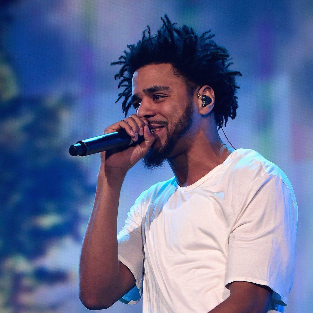 J. Cole'as išleidžia Jay Z & Drake'ą per HBO koncertą