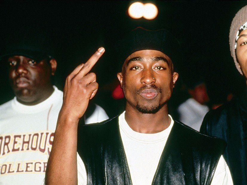 Tupac gibt zu, dass er mit Madonna Schluss gemacht hat, weil sie in handgeschriebenem Brief weiß war