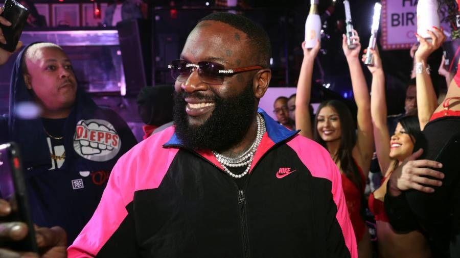 Rick Ross trollt Lloyd Banks beim Markieren von 50 Cent auf Instagram
