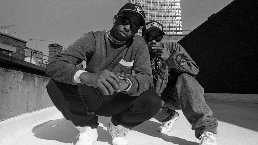 """DJ Premier veitir Guru virðingu sína í 30 ára afmæli """"Step In The Arena"""" af Gang Starr"""