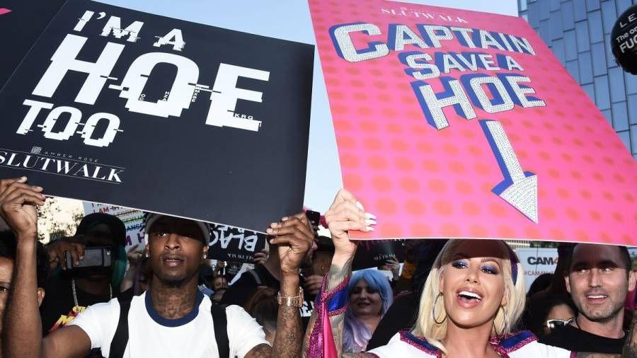 Amber Rose sagt 21 Savage Holding 'Ich bin auch eine Hacke' -Schild auf ihrem Schlampenweg war der Untergang ihrer Beziehung
