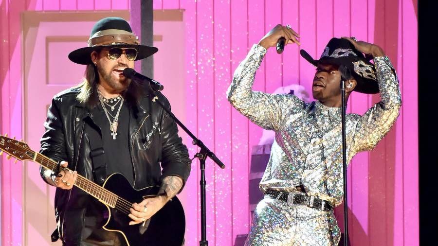 Country Rap Pop meistaraverk Lil Nas X 'Old Town Road' verður stærsta lag RIAA nokkru sinni