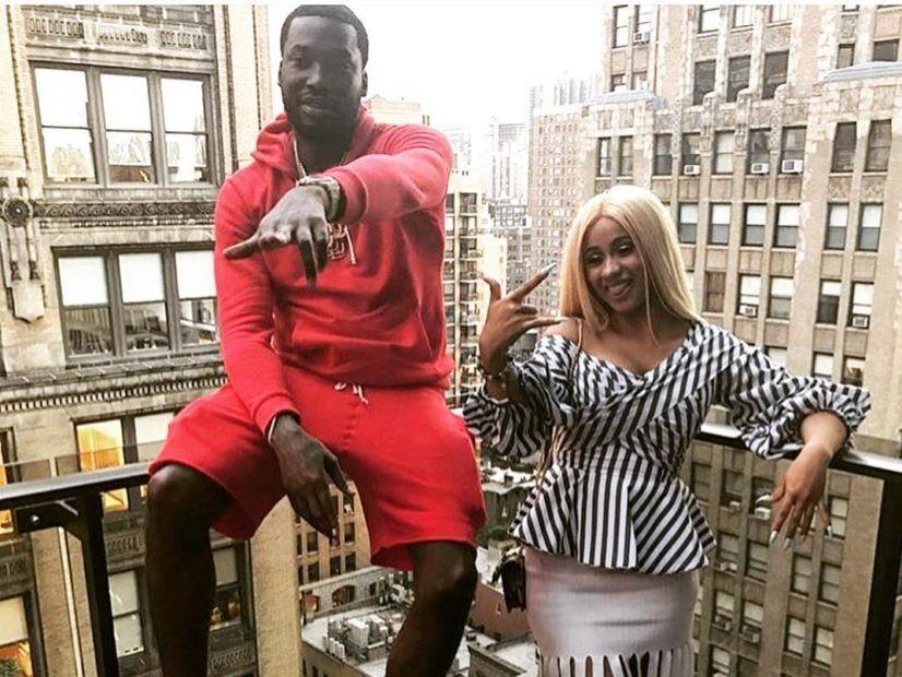 Nicki Minaj lässt Twitter für das Duett 'On Me' von Meek Mill & Cardi B trollen