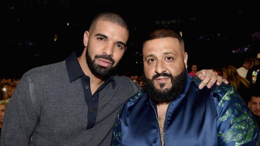 """""""Drake Gifts"""" didžėjus Khaledas su """"Iced-Out OVO"""" ir """"Mes geriausia grandine"""""""