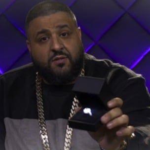 DJ Khaled предлагает Ники Минаж кольцо за 500000 долларов