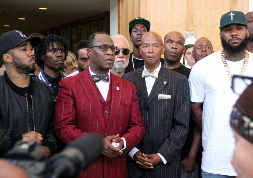 """""""Snoop Dogg & The Game"""" organizuoja L.A. gaujos forumą dėl """"Bloods & Crips"""" taikos sutarties"""