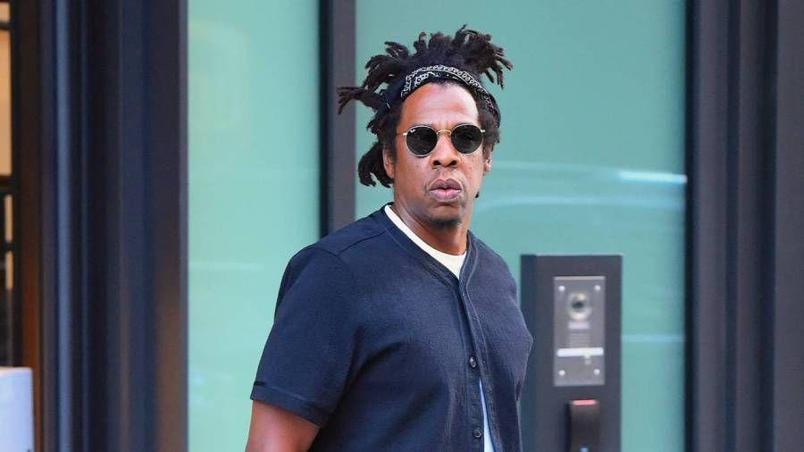 """JAY-Z teilt die TIDAL-Wiedergabeliste """"2020 Vision"""" mit Pop Smoke, Nas, Drake und Lil Baby"""