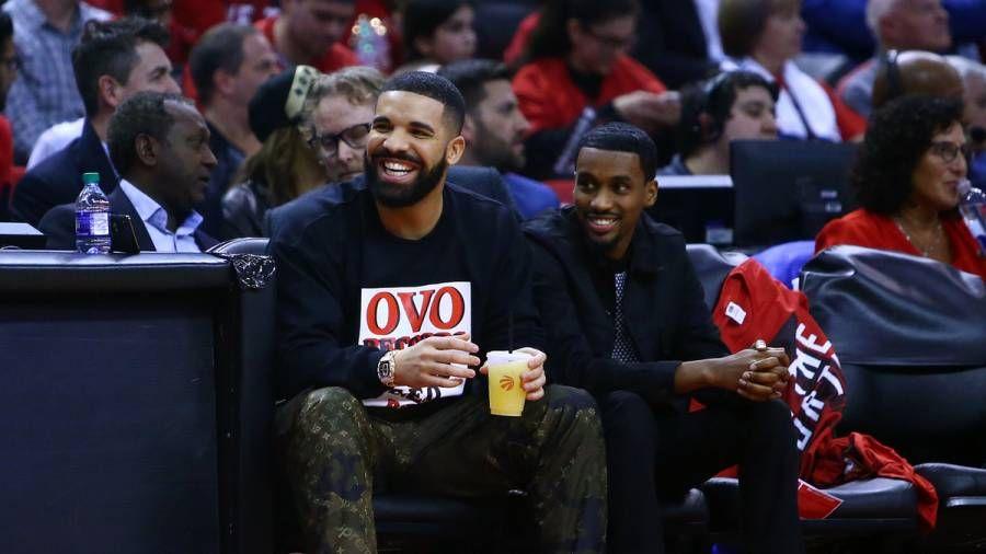 Drake soulève plus de poussière des Beatles avec un nouveau record de Billboard