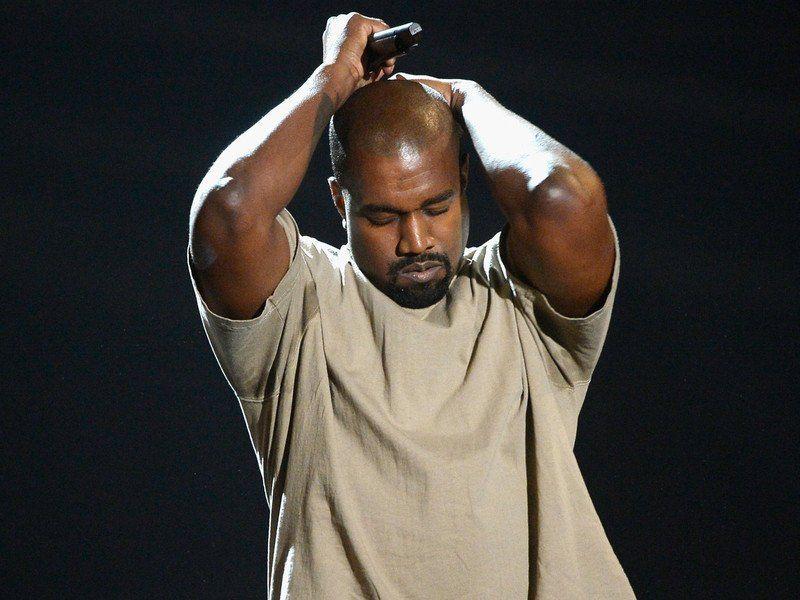 Kanye West während TMZ Live: Sklaverei seit 400 Jahren klingt nach 'einer Wahl