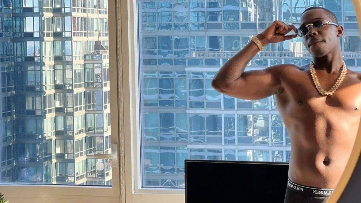 Bobby Shmurda révèle pourquoi il a refusé l'alcool après la vidéo du Viral Club