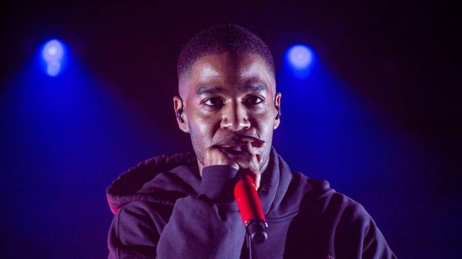 """Kid Cudi ræðir við """"Bar-For-Bar"""" með Eminem til löggildingar, Kanye West og """"Powerful"""" Pop Smoke Feature"""