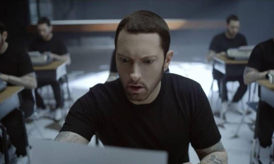 Eminem zeigt 'Marshall Mathers LP' Merch Capsule zum 20-jährigen Jubiläum