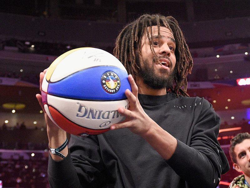 J. Cole tritt 2019 bei der NBA All-Star Game Halftime Show auf