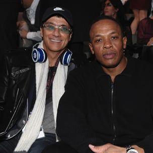 "Pranešama, kad ""Apple"" įsigijo dr. Dre's Beats Electronics už 3,2 mlrd. USD"