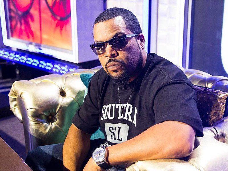 Ice Cube wiegt die N-Word-Kontroverse und die NFL-Hymnenrichtlinie von Kendrick Lamar Fan auf