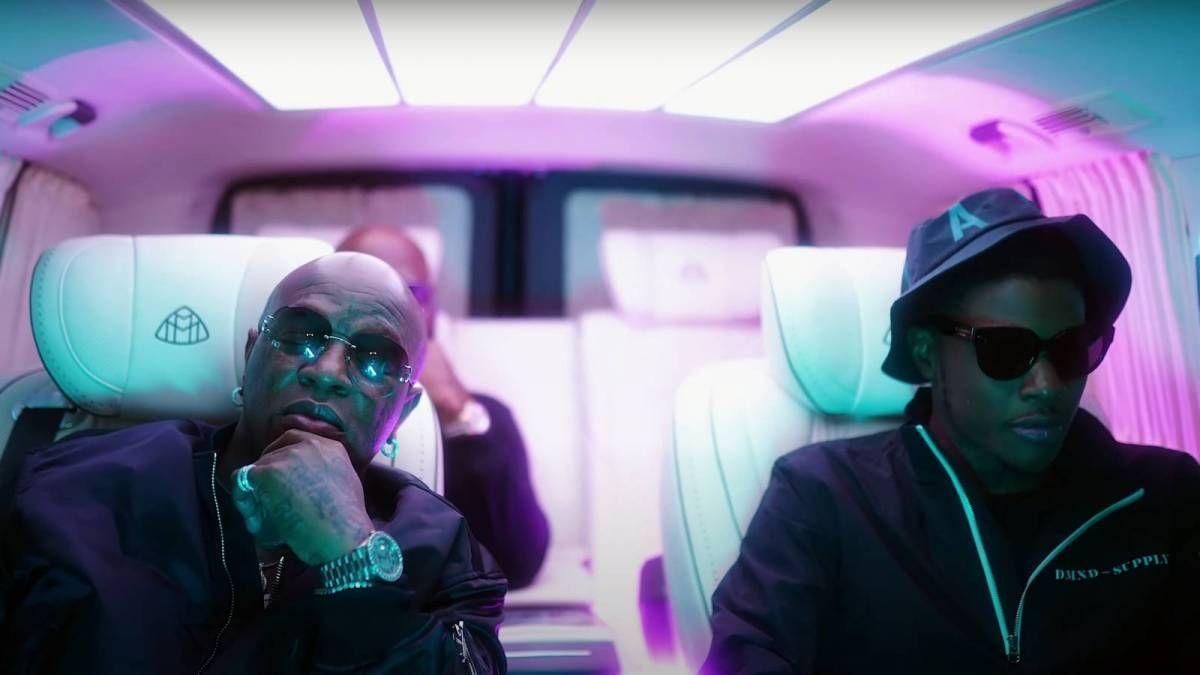 Birdman ist Mitunterzeichner von 'No More Parties (Remix)' Rapper Reese Youngn in 'Black Ink' Video Cameo