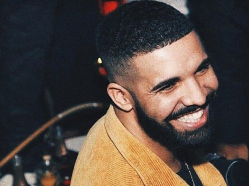 Drake repéré avec la star du porno Zmeena Orr à Toronto