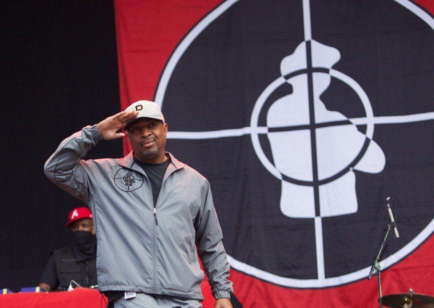 Chuck D om å se offentlige fiendeplakater i 'Black Panther' og hans budskap til JAY-Z & Diddy