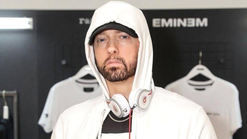 Eminem Name Drops Kendrick Lamar & Logic On 'Friday Night Cypher' Verse fra Big Seans 'Detroit 2