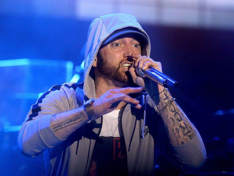 Eminem Bodies The Competition with 11 Minute 'Kick Off (Freestyle)'