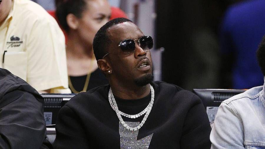 Diddy beskyldt for misbrug af kunstnere og stjålet deres penge af Danity Kanes Aubrey O'Day