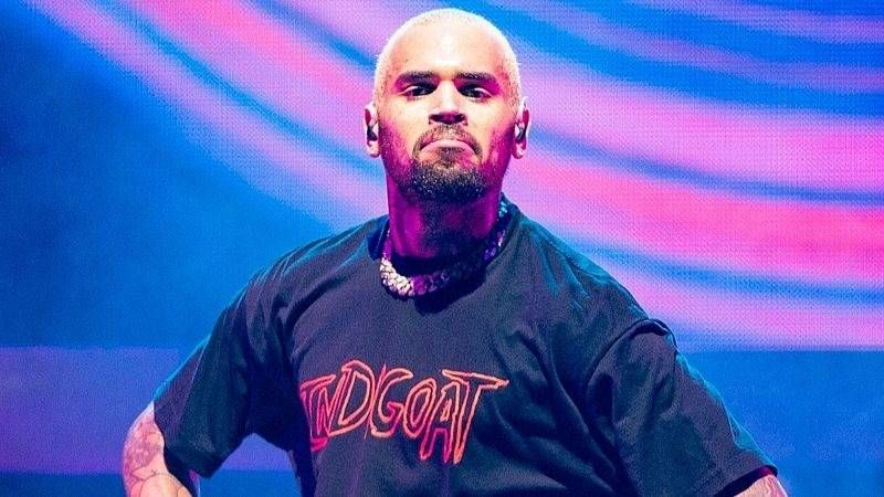 Chris Brown glaubt, er würde Uszu On Verzuz 'Off Features Alone' rauchen