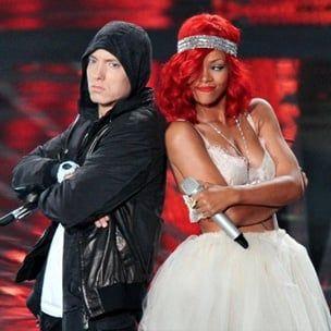 """Eminemo ir Rihannos """"Monstrų turo"""" datos, rinkinių sąrašas"""
