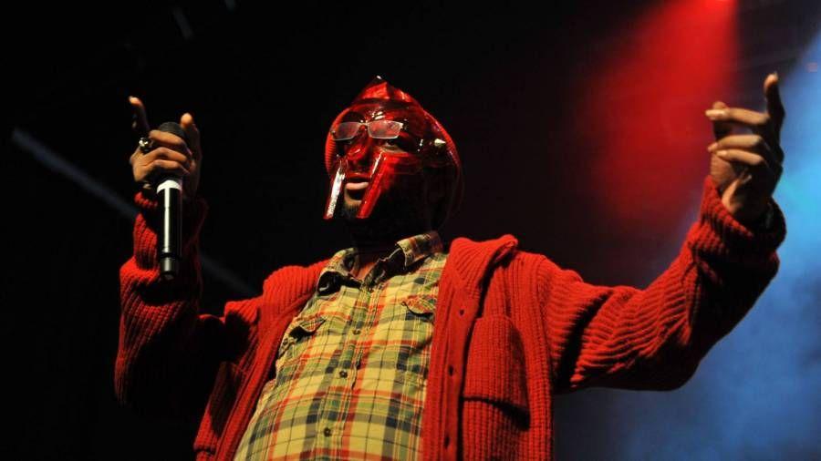 Yasiin Bey F.K.A. Mos Def, Lupe Fiasco und 3rd Bass Drop Metal Tränen nach dem Tod von MF DOOM