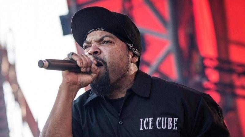 Ice Cube verteidigt Trump Association während eines Interviews mit Chris Cuomo von CNN und ruft dann Don Lemon aus