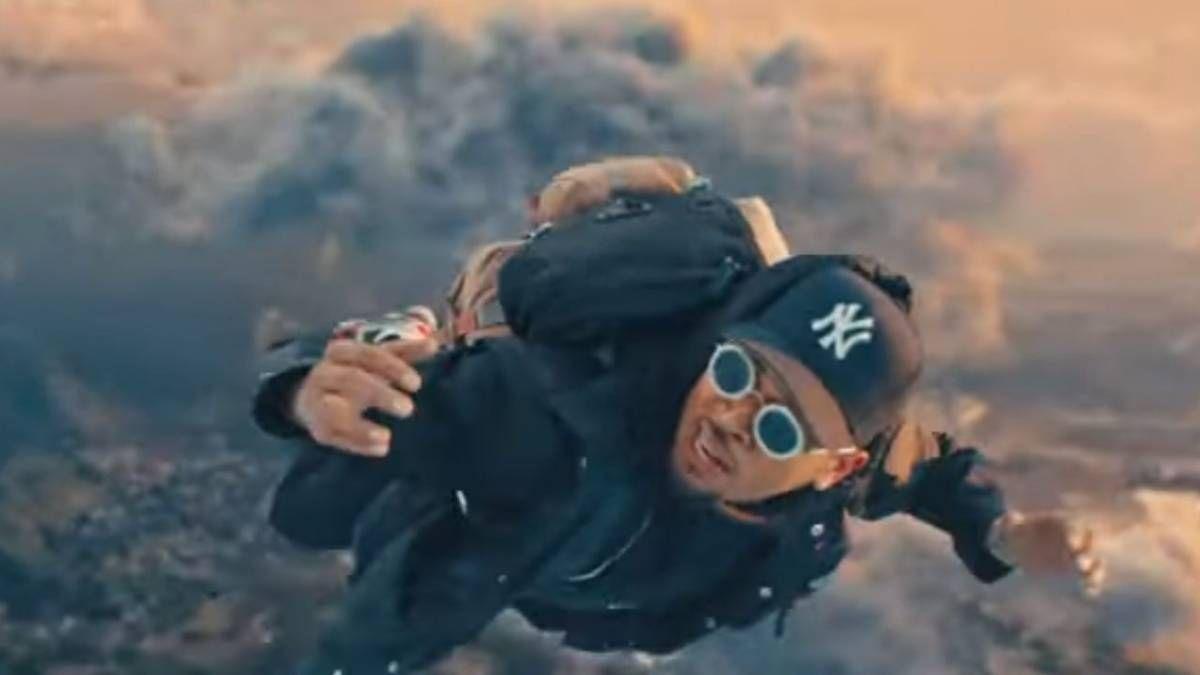 Цхрис Бровн & Иоунг Тхуг Граб Футуре, Мулатто + Лил Дурк Фор 'Го Црази (Ремик)' Видео