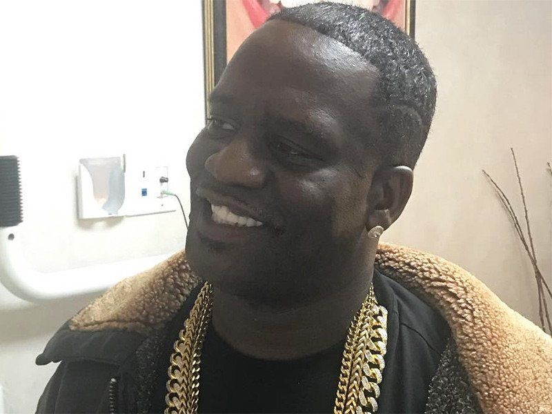52 Savage montre son nouveau sourire