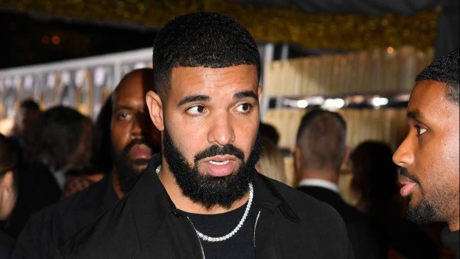 """Drake bregst við Nicki Minaj með nafni sem sleppir syni sínum á """"Whole Lotta Choppas"""" Remix frá Sada Baby"""