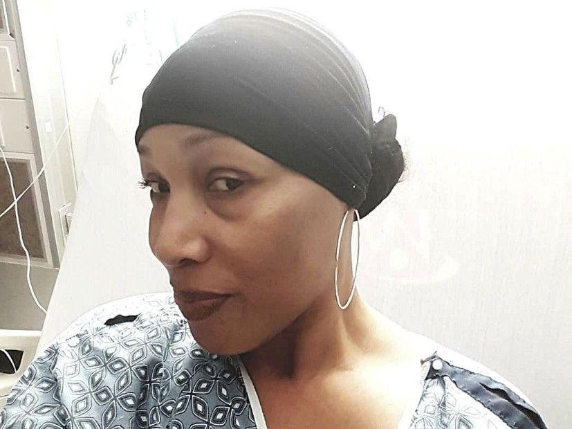 Дама беса обузета подршком након хоспитализације