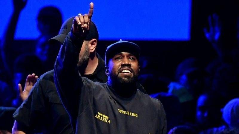 آخرین لحظه Kanye West در WTF: هریت توبمن 'برده ها برای دیگران سفید کار می کرد