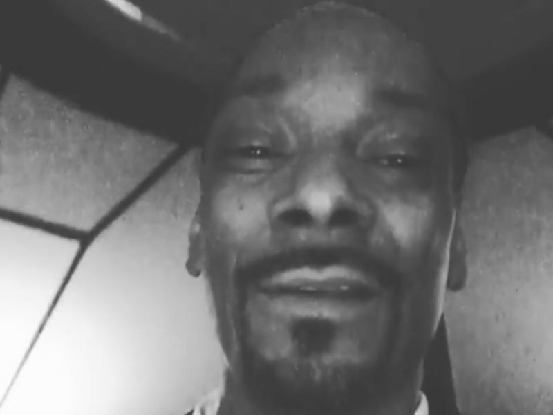 Sherri Shepherd undskylder for Snoop Dogg Ricky Harris begravelseskampvideo