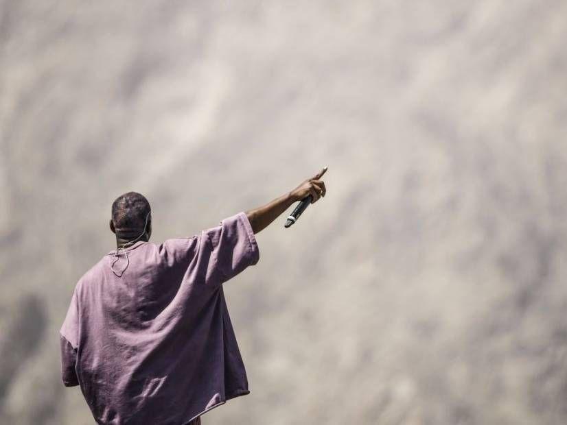 """Kanye Westas įveikė JAY-Z, Drake'ą ir Eminemą """"Forbes"""" 2019 m. Geriausiai apmokamuose hiphopo aktuose"""