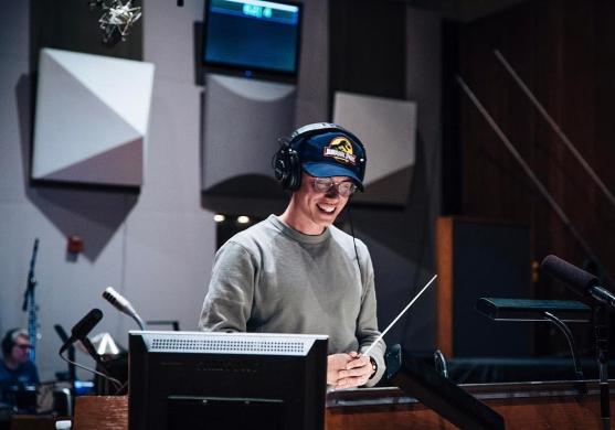 Logic Drops 'Everybody' Single & Erklärt den Text