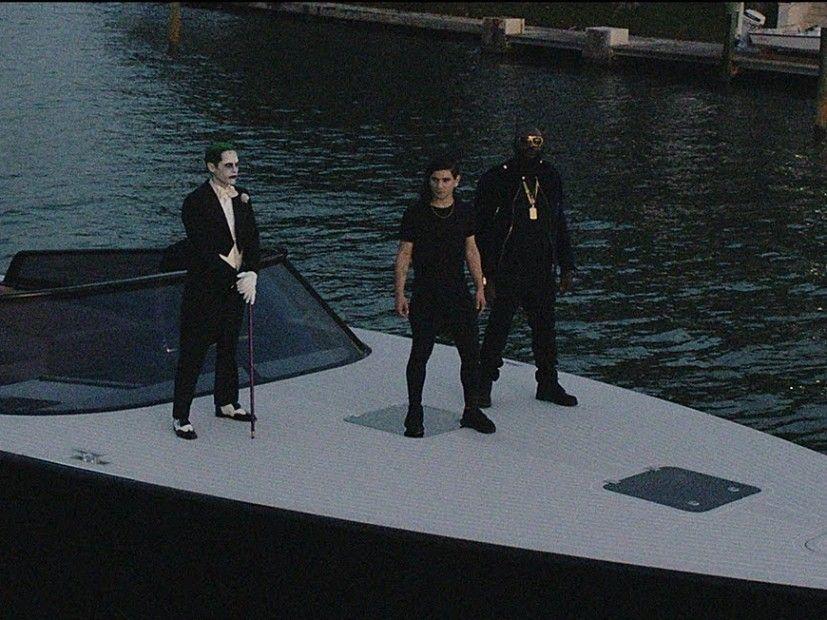 Rick Ross & Skrillex werden vom Joker in 'Purple Lamborghini' begleitet.