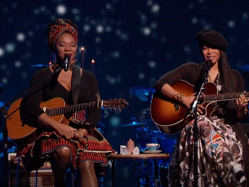 Erykah Badu og India.Arie setter ut Sassiness for Soul Train Awards